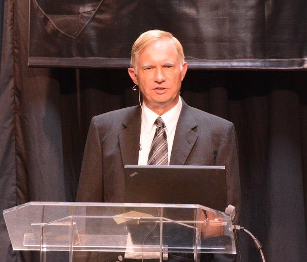 Джон Паулин о политике в церкви и в Библии
