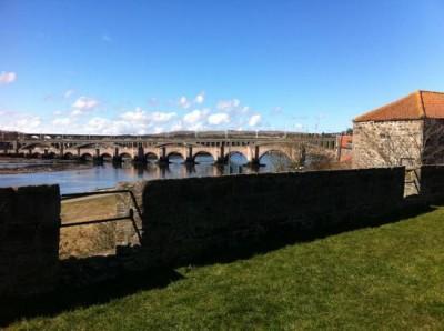Стены и мосты